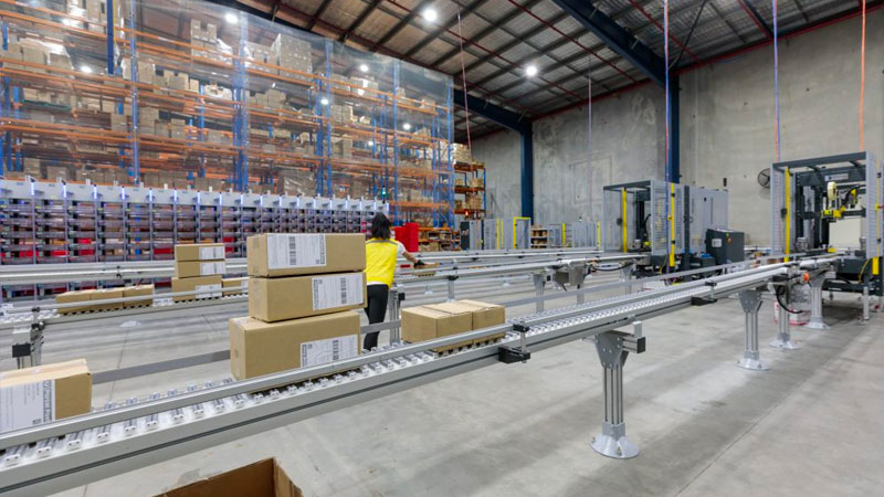 ▲ The outbreak could rapidly promote a jump in online sales and force a structural shift towards omnichannel retailing with additional warehousing space required.