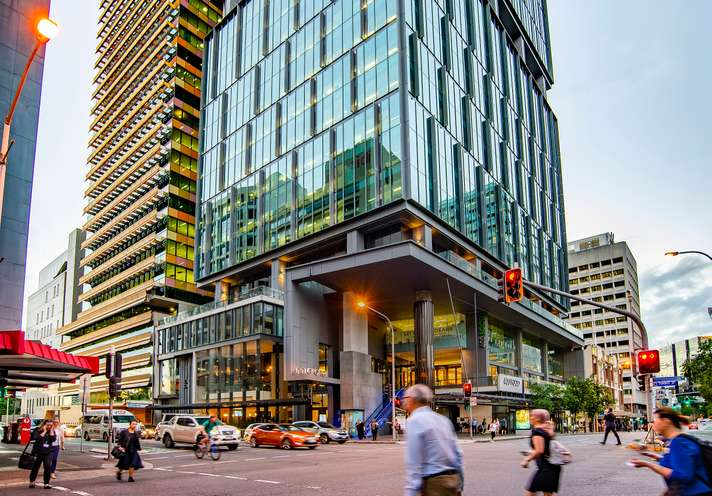 ▲ Blackstone and HSBC Trinkaus' 400 George Street has been on the market for about a month.