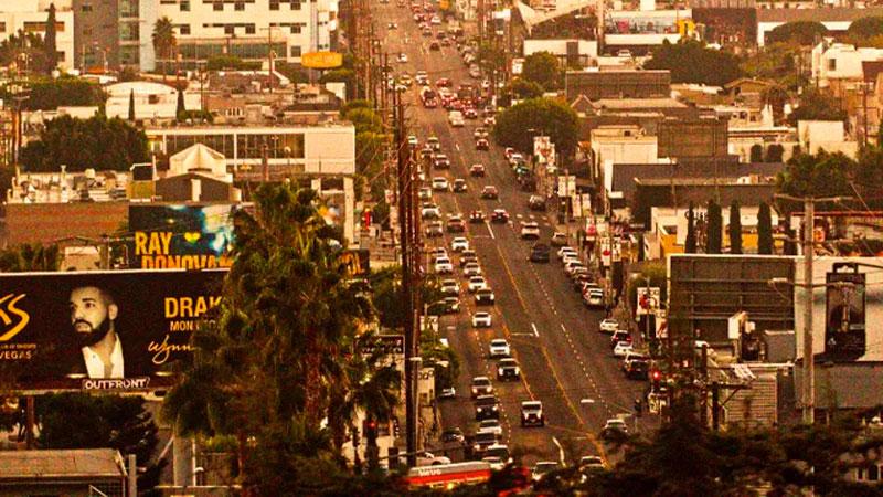 ▲ La Cienega Boulevard in Los Angeles.