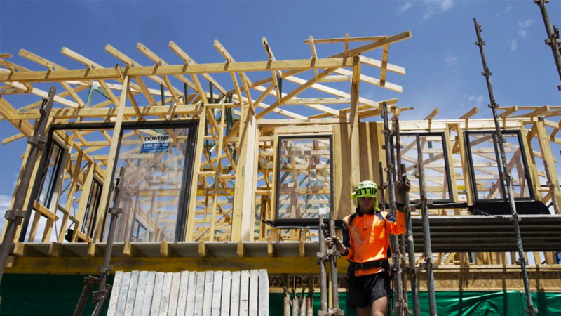 ▲ National dwellings approvals are expected to continue to trend downwards over the coming months.