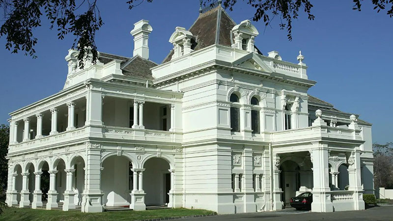 ▲ Stonington Mansion in Melbourne suburb Malvern.
