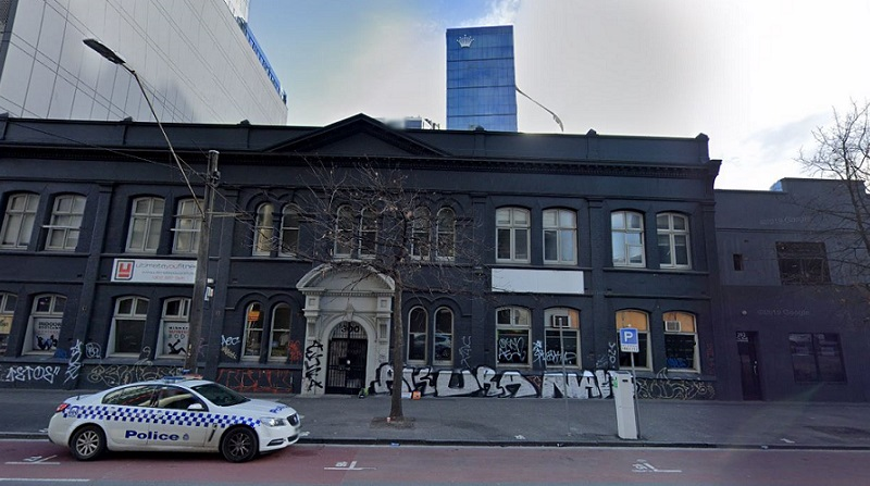 ▲ The 104-year-old warehouse sits unused in Southbank and has been covered in graffiti. Image: GoogleMaps