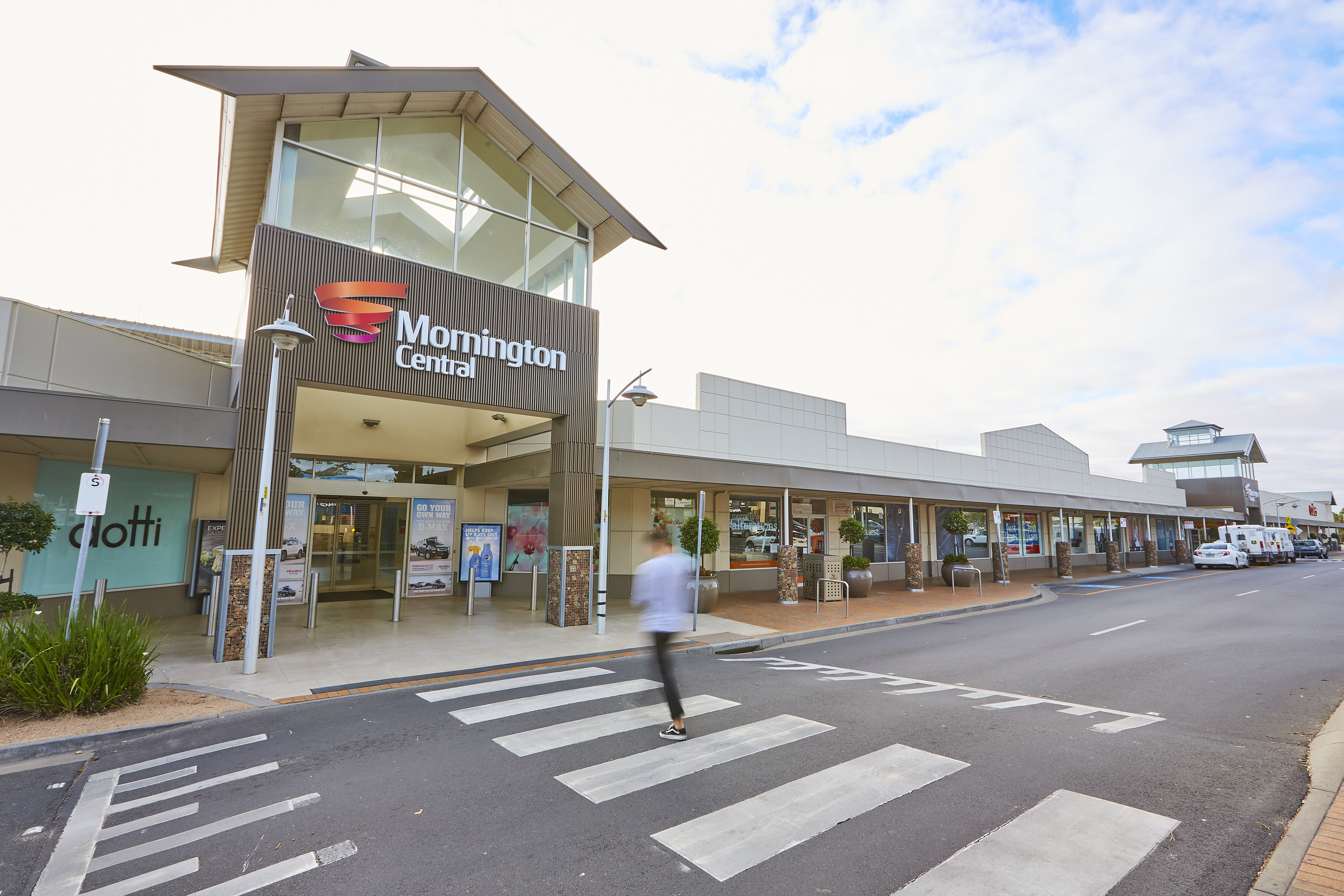 A Chinese syndicate has paid $39.4m for Mornington Village.
