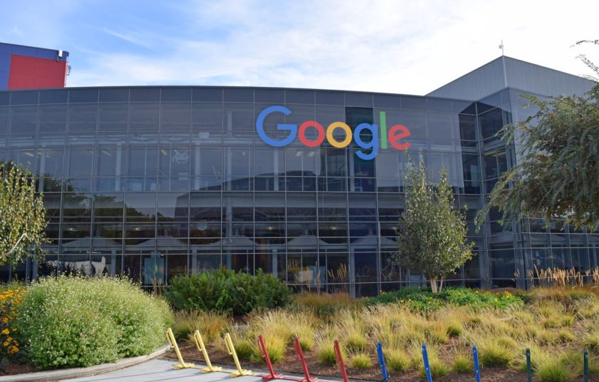 """The original """"tech hub"""", Silicon Valley, in the southern San Francisco Bay Area, is the global centre for technology, venture capital and innovation."""