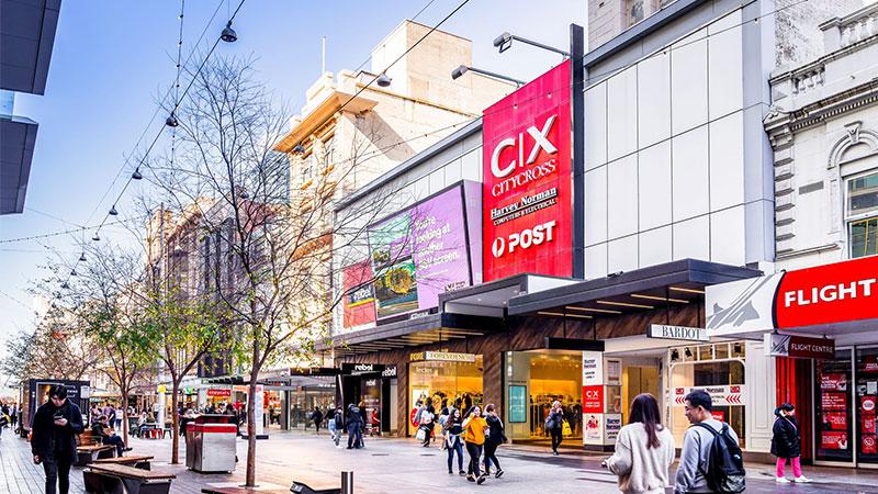 Billionaire Con Makris Offloads Retail Portfolio
