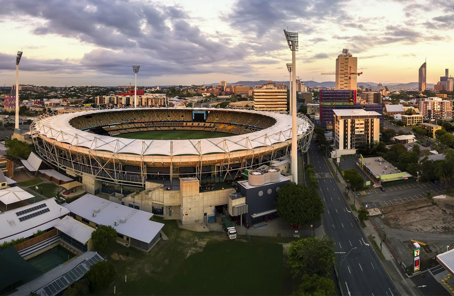 """▲ The government said it will consider the """"Gabba"""" stadium to hold the opening ceremony, while an upgraded QEII could hold the athletics."""