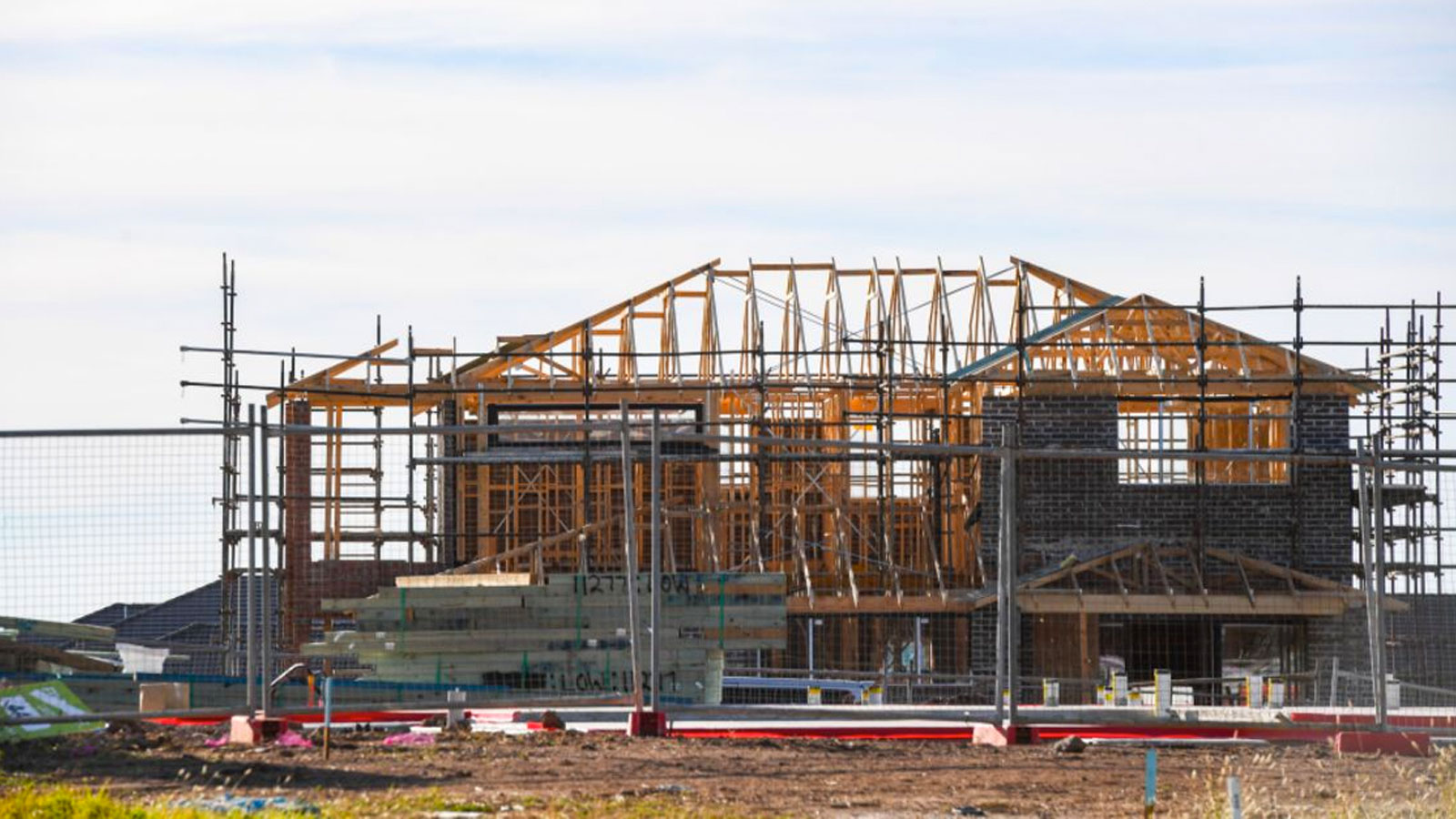 ▲ Developers say banks missing deadlines for settlements are causing costly delays.