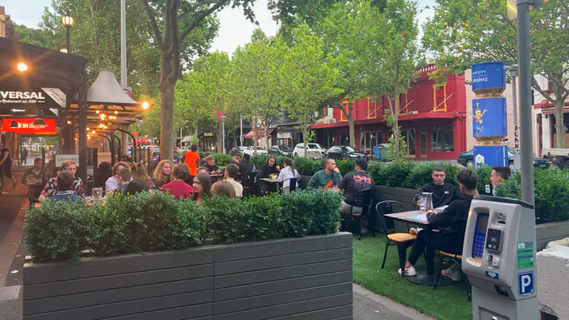 A parklet on reclaimed street space on Lygon Street, Melbourne. Liz Taylor (own photo)