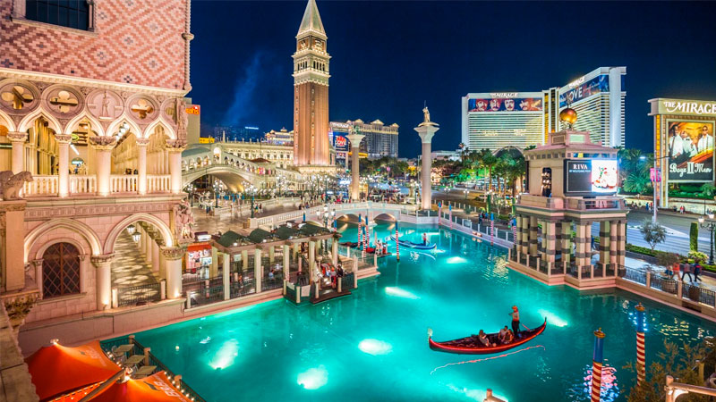 The Venetian casino and hotel came complete with fake canals.