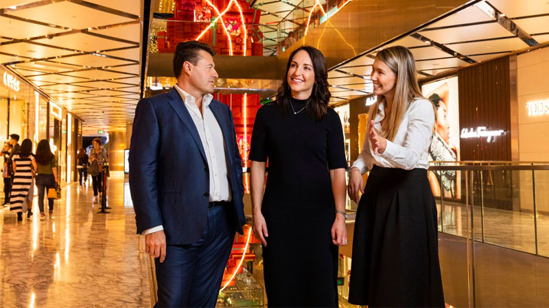 ▲ Scentre Group celebrates the recent internal appointments to the Leasing and Retail Solutions team, Alison Flemming and Katie Paull.
