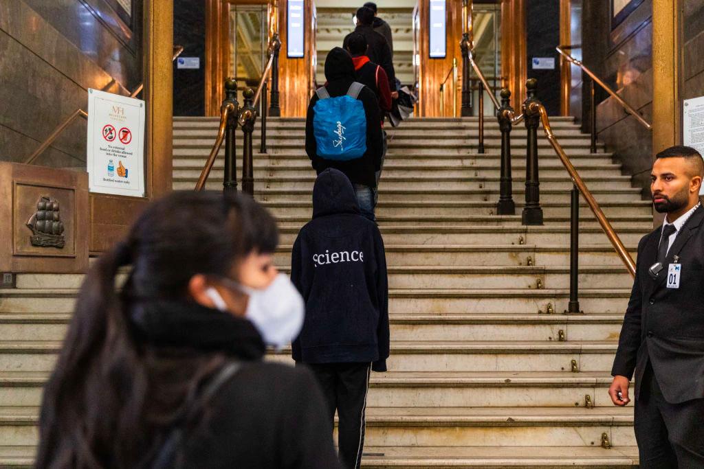 Students Return Australia