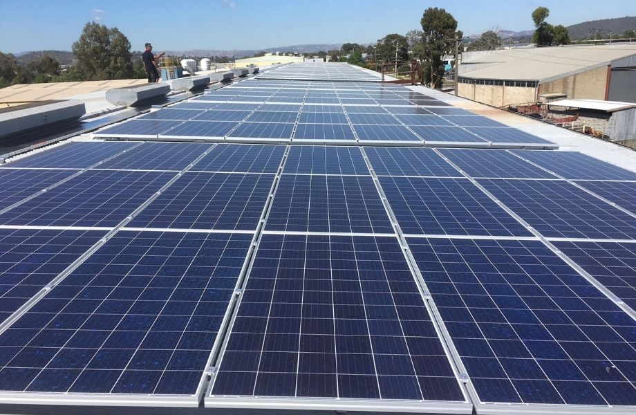▲ The savings solar created allowed one company to extend its operating hours without increasing its power bill, says Energus.
