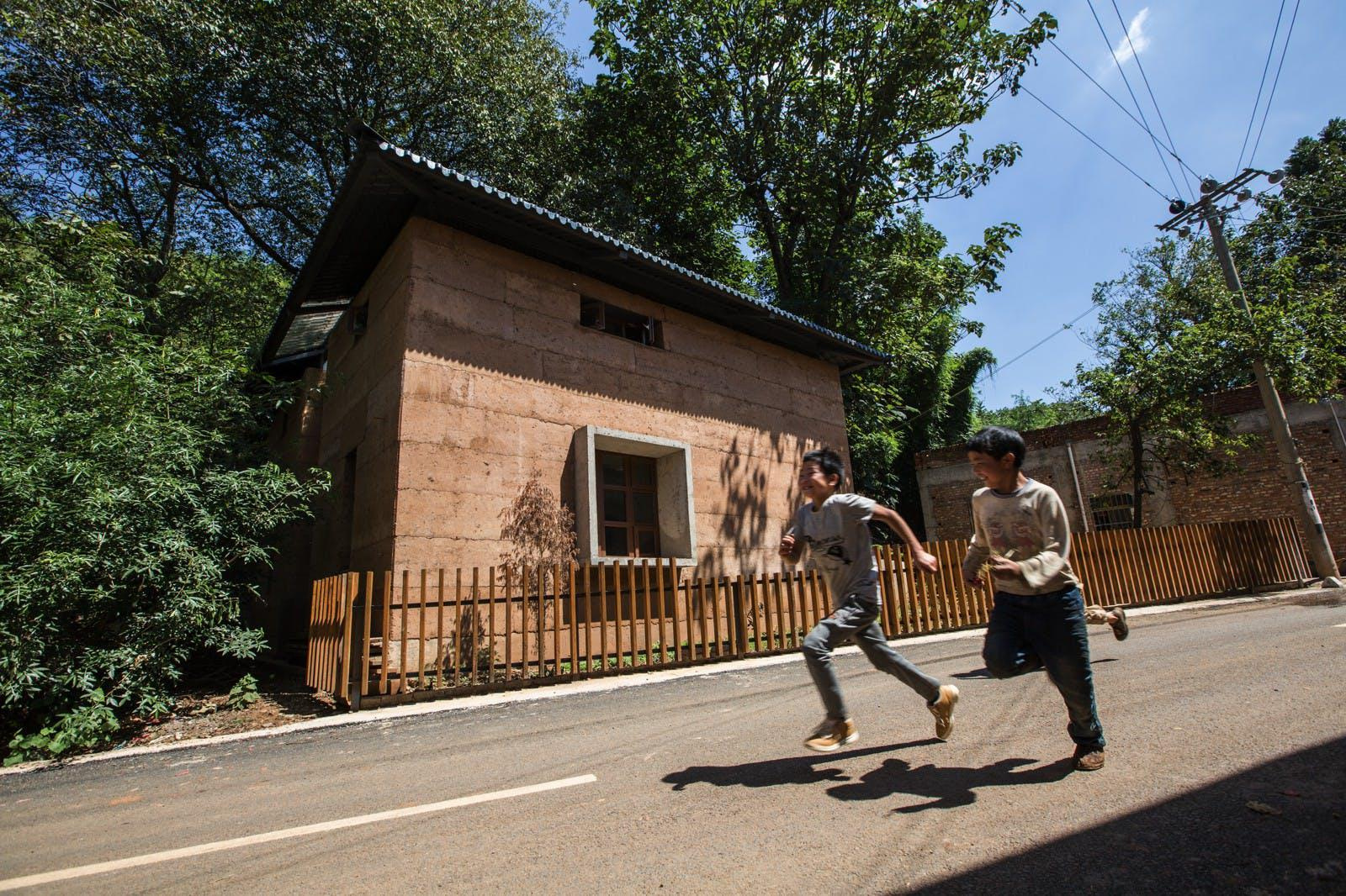 World Building of the Year 2017: The Chinese University of Hong Kong, Post-earthquake reconstruction/demonstration project of Guangming Village, Zhaotong, China
